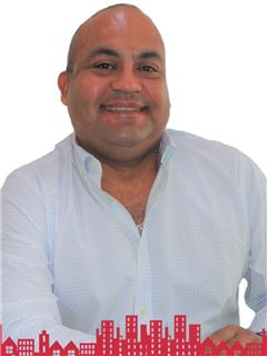 Gustavo Barrios - RE/MAX - FUTURO