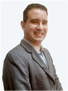 Oswaldo Peña - RE/MAX - GOLD