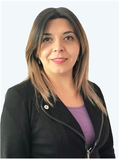 Jessica Lorena Fuentes Osorio - RE/MAX - EXPERTS