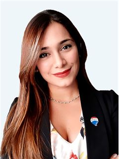 Carolina Ramirez - RE/MAX - EXCLUSIVE