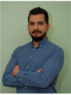 Rodrigo Mella Shokiche - RE/MAX - CENTRAL