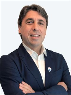 Broker/Owner - Eduardo Hola - RE/MAX - PREMIER