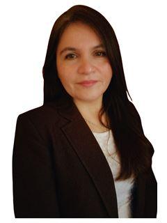 Silvana Paredes Mansilla - RE/MAX - SUR