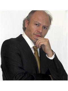 Broker/Owner - Hernan Berwart - RE/MAX - GOLDEN