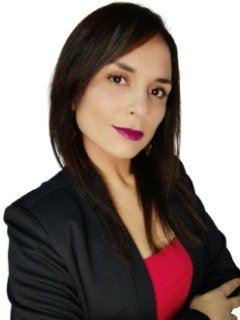 Constanza Triviño Farias - RE/MAX - FIRST