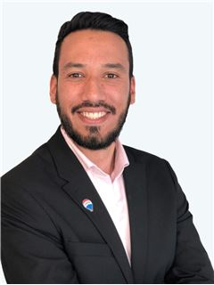 Hector Nuñez - RE/MAX - GOLD
