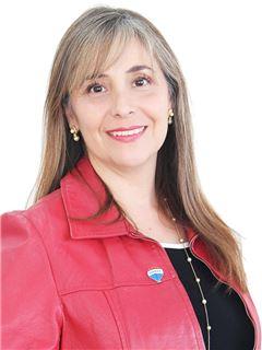 Carla Acevedo - RE/MAX - FIRST