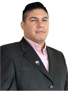 Isaac Gutiérrez - RE/MAX - FIRST