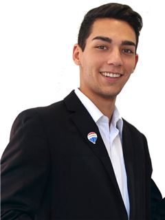 Cristobal Samur - RE/MAX - FIRST