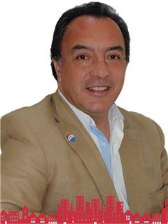Octavio Rivera Uribe - RE/MAX - FUTURO