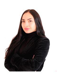 Catalina Fuentes - RE/MAX - GO