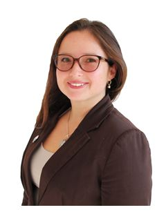 Claudia Bernal - RE/MAX - GO