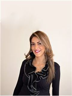 Mary Carmen Angulo - RE/MAX - CENTRAL