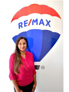 Carolina Gutierrez - RE/MAX - GOLD