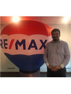 Broker/Owner - Oscar Loyola - RE/MAX - LIBERTY