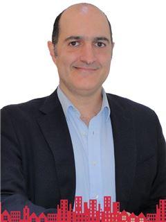 Daniel Jose Perez Dibarrart - RE/MAX - FUTURO