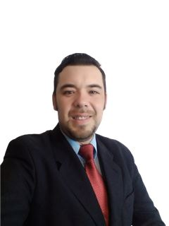 David Espinoza - RE/MAX - FIRST