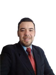 David Espinoza - RE/MAX - FIRST