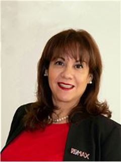 Nayibe Castillo Heredia - RE/MAX - CENTRAL