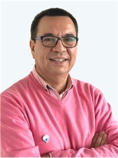 Alejandro Saavedra - RE/MAX - EXPERTS