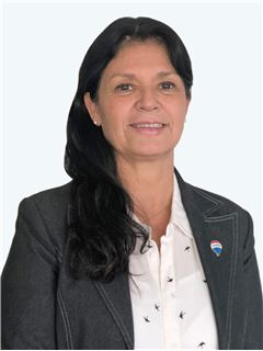 Maria Elena Pla - RE/MAX - TOP