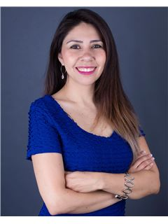 Carolina Vergara Perez - RE/MAX - CENTRAL