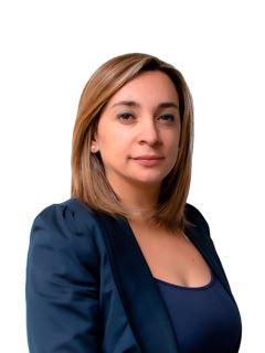 Broker/Owner - Rafaela Urrutia Rojas - RE/MAX - TITANIO