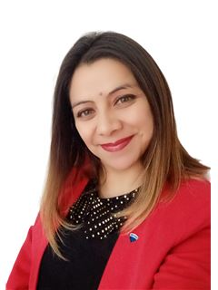 Silvia Rodriguez - RE/MAX - SYNERGY