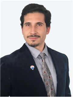 Camilo Nuñez - RE/MAX - CENTRAL