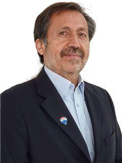 Sergio Figueroa Caro - RE/MAX - FIRST