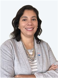 Broker/Owner - Javiera Gallardo - RE/MAX - ORIENTE
