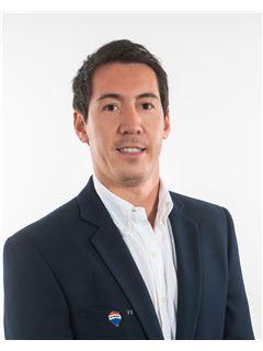 Nicolas Jimenez - RE/MAX - SUPREME