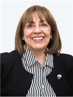 Zulema Navarro - RE/MAX - TOP