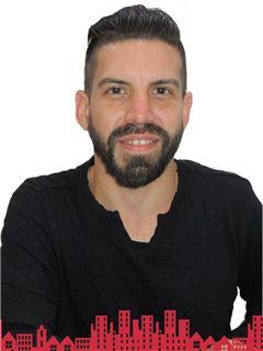 Gianni Paolo De Marchi Caceres - RE/MAX - FUTURO