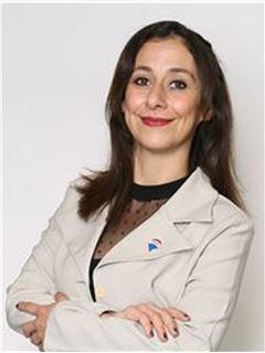Ana Karina Ortiz - RE/MAX - CENTRAL
