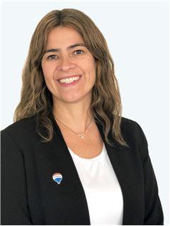 Pilar Soto - RE/MAX - SUPREME