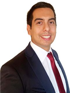 Jose Tomas Figueroa - RE/MAX - FIRST
