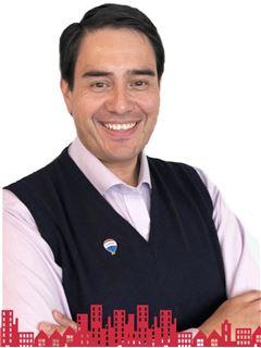 César Rivas Astroza - RE/MAX - FUTURO II
