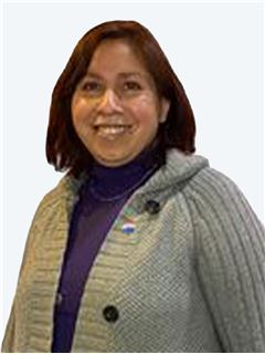 Carla Urzua Cabezas - RE/MAX - CENTRAL