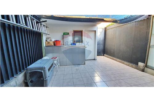 Casa - Arriendo - Las Condes, Santiago, Metropolitana De Santiago - 58 - 1028076012-35