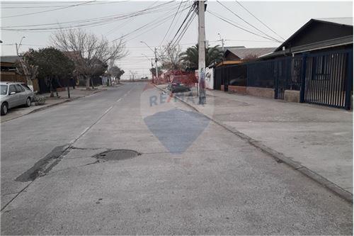 Casa - Venta - Puente Alto, Santiago, Metropolitana De Santiago - 32 - 1028072021-4