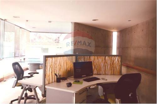 Oficina - Arriendo - Lo Barnechea, Santiago, Metropolitana De Santiago - Estación de Trabajo  - 1028071008-23