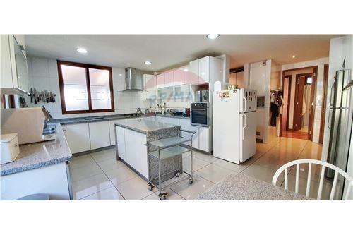 Casa - Arriendo - Las Condes, Santiago, Metropolitana De Santiago - 37 - 1028076012-35