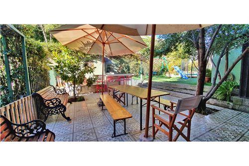 Casa - Arriendo - Las Condes, Santiago, Metropolitana De Santiago - 52 - 1028076012-35