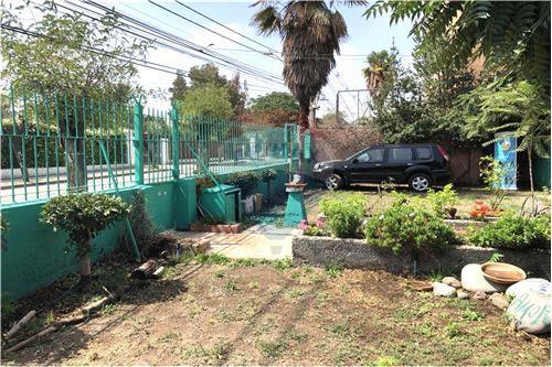 Casa - Venta - La Florida, Santiago, Metropolitana De Santiago - 26 - 1028050048-56