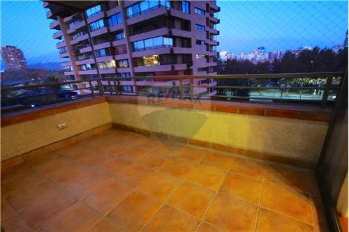 Departamento - Arriendo - Las Condes, Santiago, Metropolitana De Santiago - Terraza - 1028018151-203