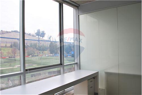 Oficina - Arriendo - Huechuraba, Santiago, Metropolitana De Santiago - 10 - 1028050081-9