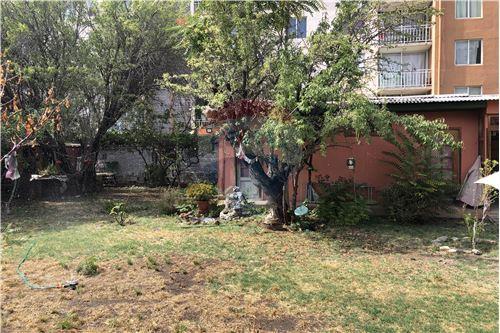 Casa - Venta - La Florida, Santiago, Metropolitana De Santiago - 33 - 1028050048-56