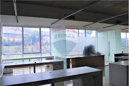 Oficina - Arriendo - Huechuraba, Santiago, Metropolitana De Santiago - 12 - 1028050081-9