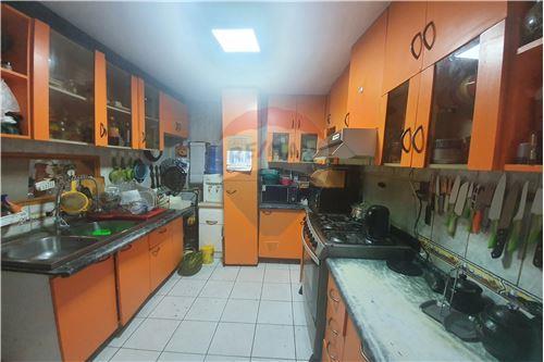 Casa - Venta - Quilicura, Santiago, Metropolitana De Santiago - 12 - 1028072018-19